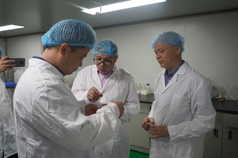 水蛭素、水蛭基地、陆川县县长