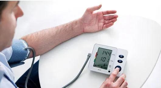 水蛭素、高血压、芹菜降血压