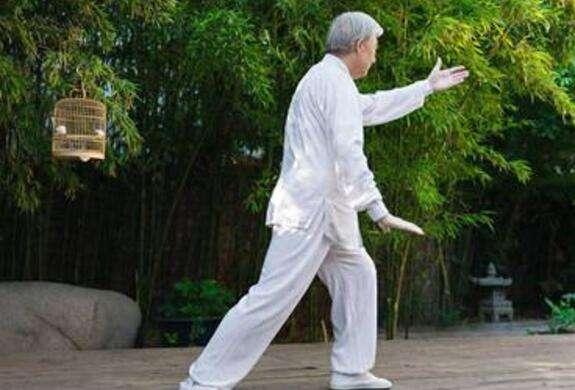 老年人不能做的几个动作